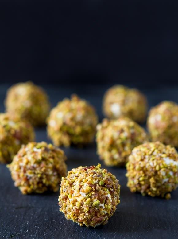 Bacon-pistachio-goat-cheese-balls.jpg
