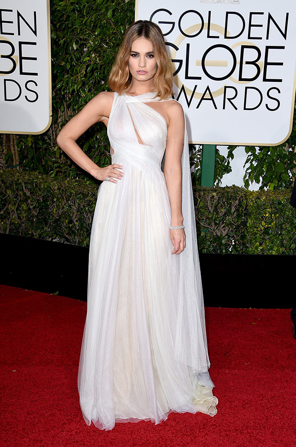 lily-james-golden-globes-20162.jpg