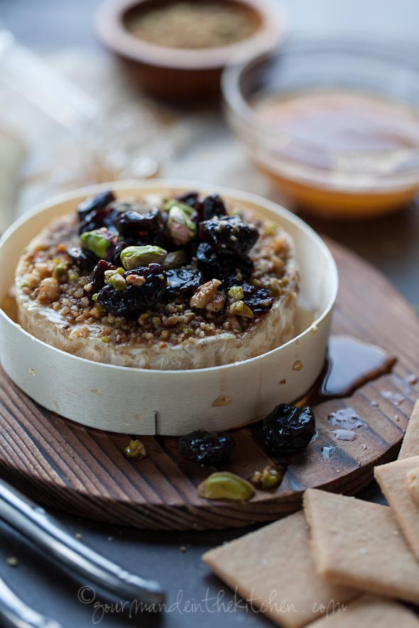 Dukkah-Crusted-Baked-Brie-Recipe-from-gourmandeint