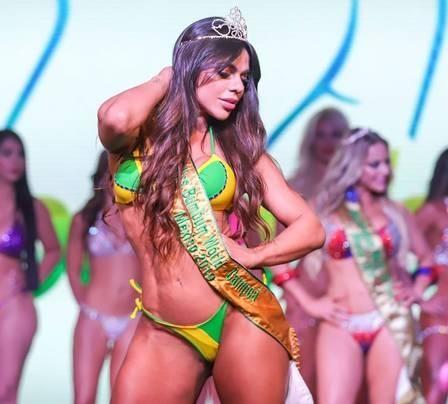 Suzy Cortez 2 (Brasil-faixa de Vencedora).jpg