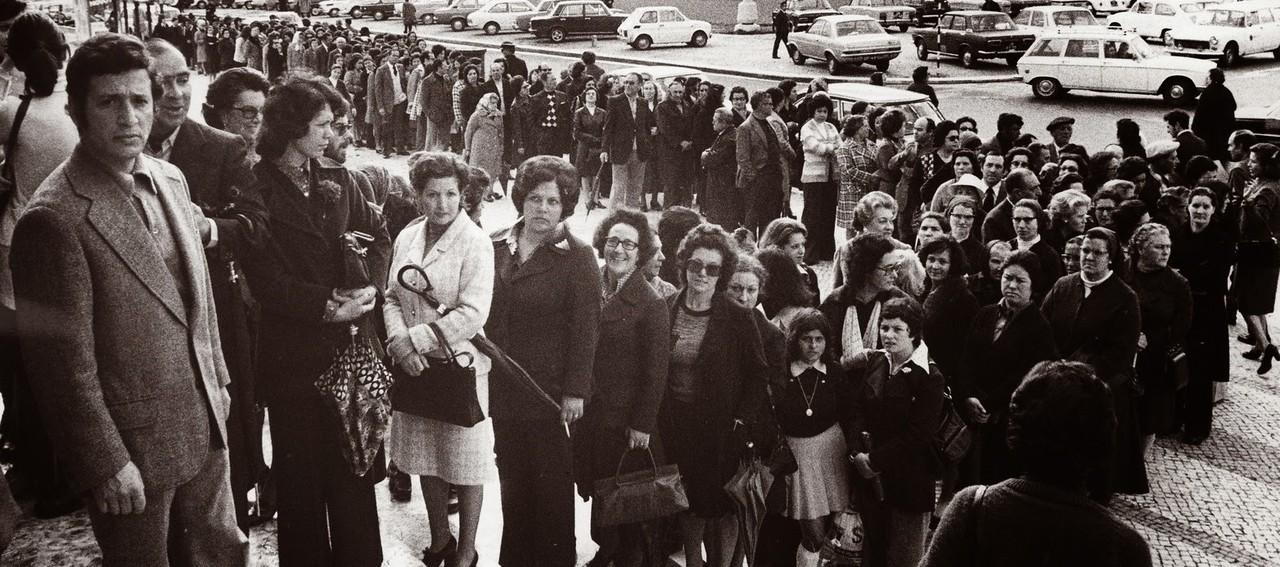 25 abril 1975.jpg