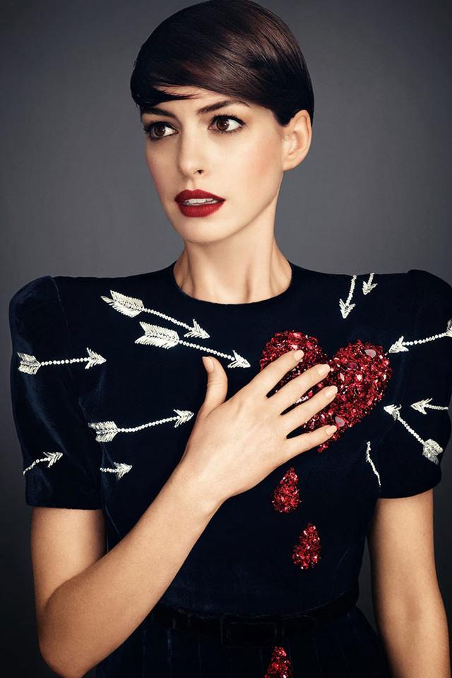 Anne Hathaway  November 2014 Harper's Bazaar Mag