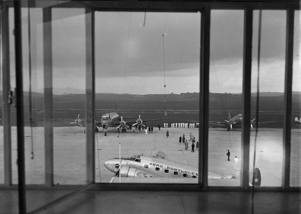 Aeroporto da Portela, Lisboa (H. Novais, c. 1943)