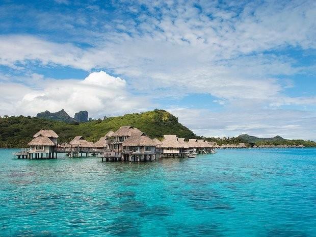 561ebae5799ed1fe16a2d79c_BoraBora-FrenchPolynesia-