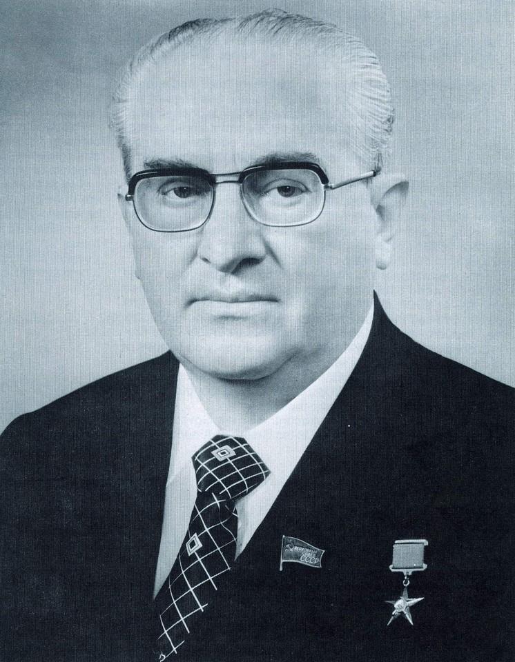 Yuri Andropov_August_1983
