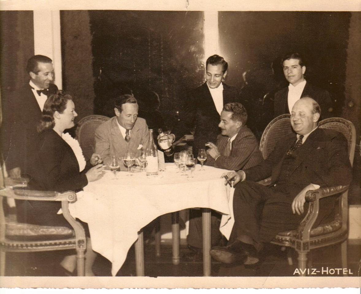 Helen Gerassi, Leslie Howard, Alexander Gulbenkian, Alfred T. Chenalls, Hotel Aviz - Lisboa, 1943.