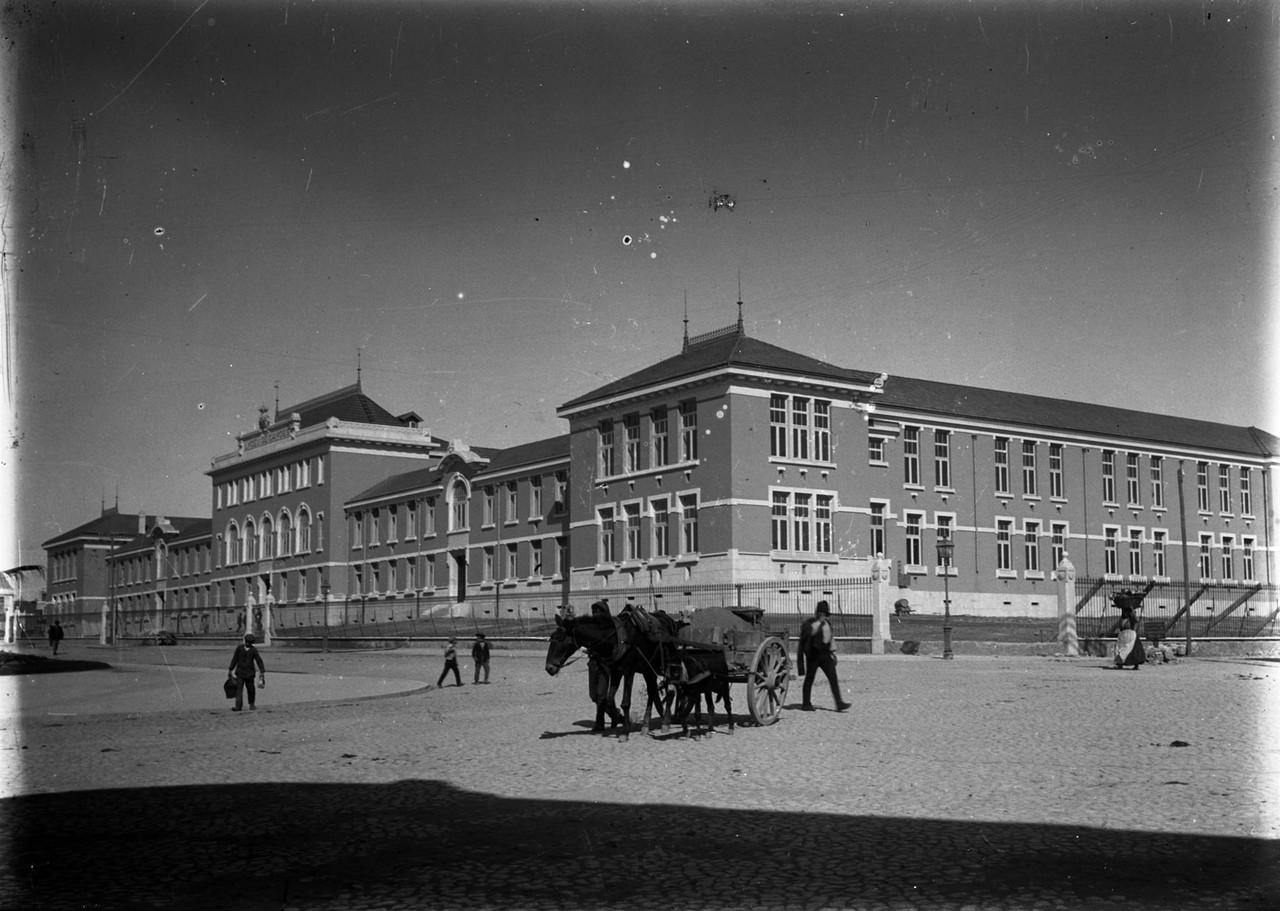 Lyceu de Camões, Lisboa (A.C. Lima, c. 1909)