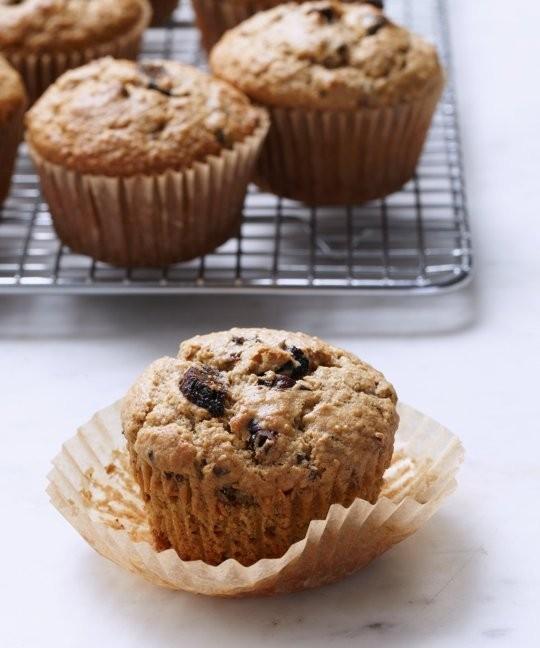 TheKitchn_foodprocessor_muffins_kc_3189.jpg