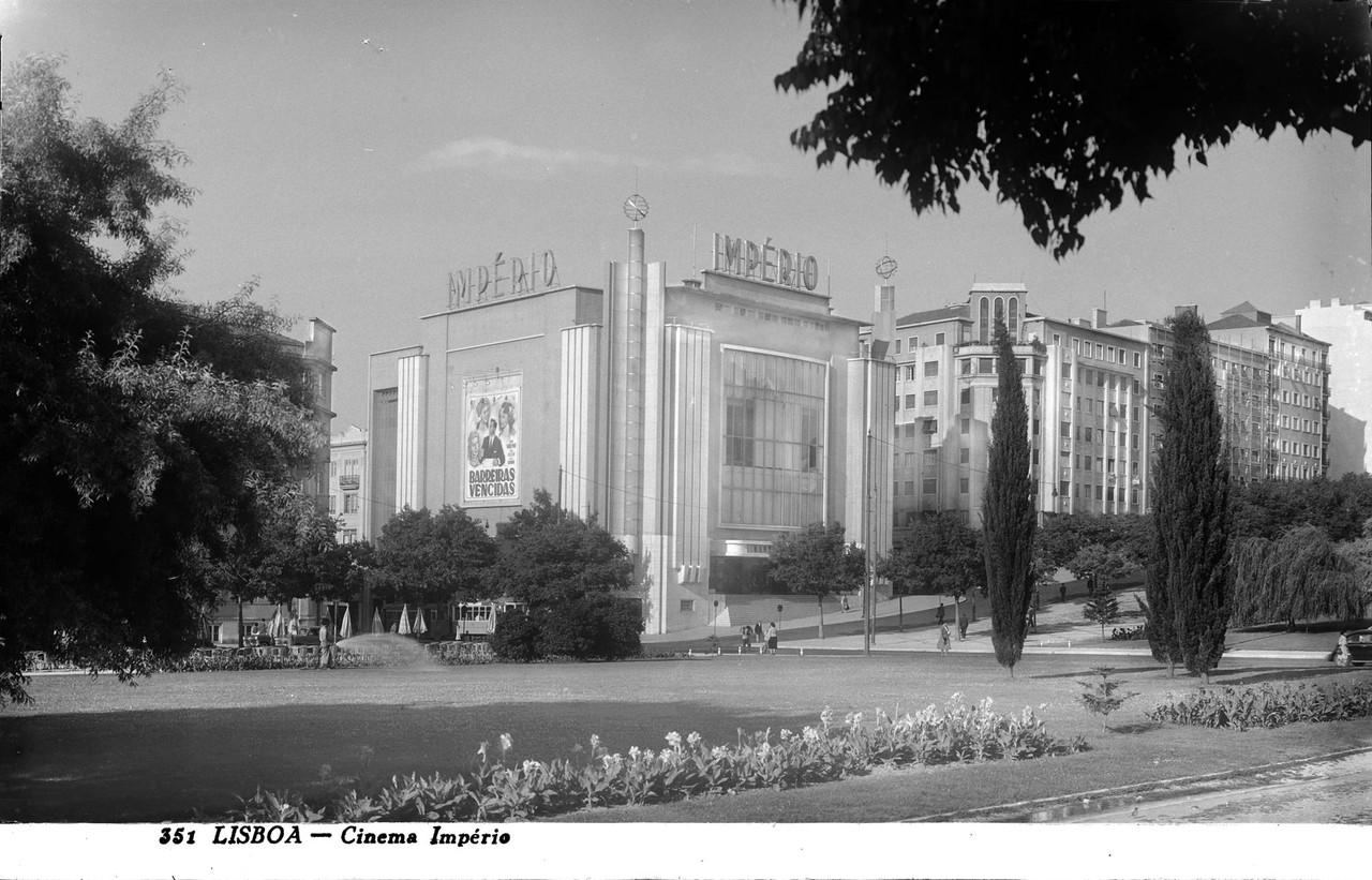 Jardim da Alameda e Cinema Império, Lisboa (Ant. Passaporte, 1954)