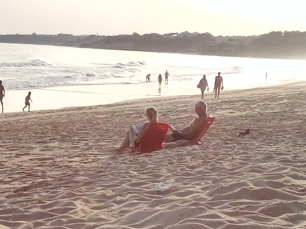 Casal leitor, Algarve — 2020