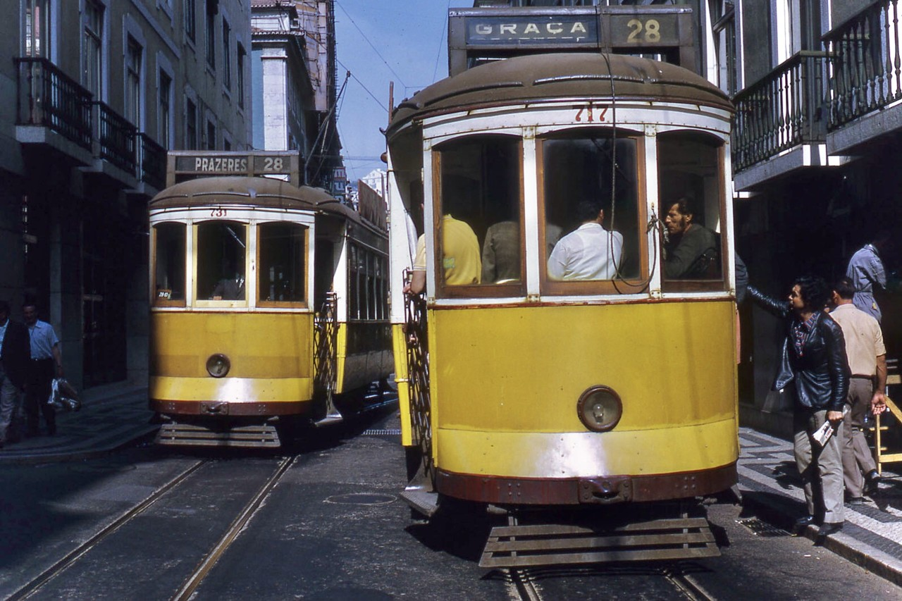 Eléctricos da Graça e dos Prazeres, Lisboa (J.-H. Manara, 1972)