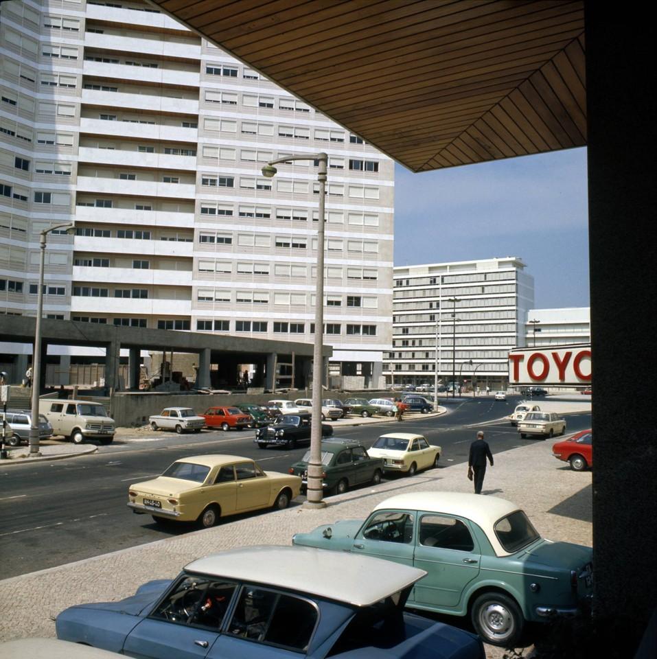 Avenida da Igreja e Praça de Alvalade, Lisboa (A. Pastor, 1970)