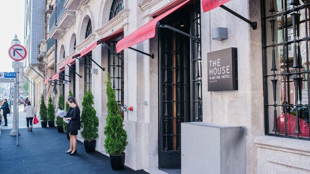 the-house-ribeira-hotel-galleryentrada5.jpg