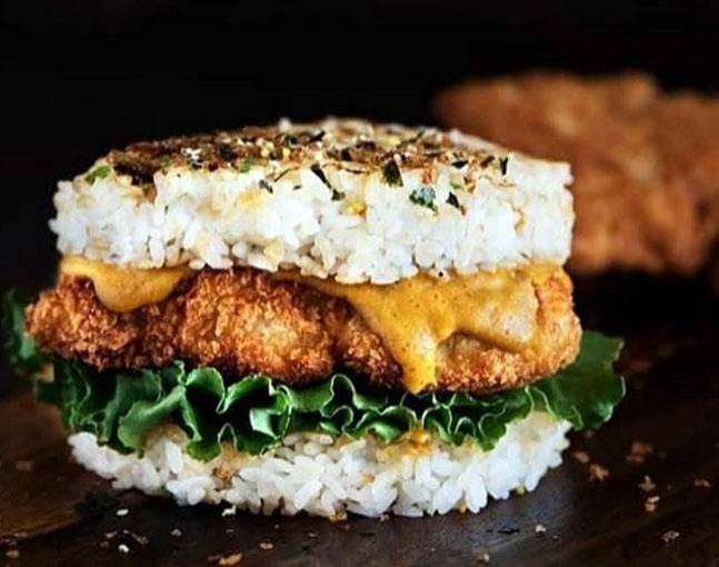 mos-sushi-burger-insta-dmselindistress_03301604373