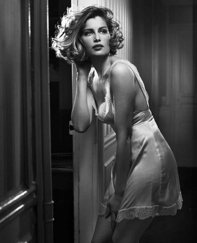 Laetitia Casta by Vincent Peters_2008.jpg
