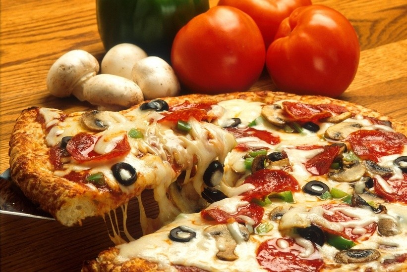 vegetables-italian-pizza-restaurant-large.jpg