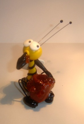 abelha pote de mel.JPG