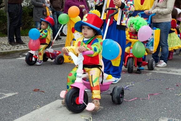 Desfile de canarval das escolas