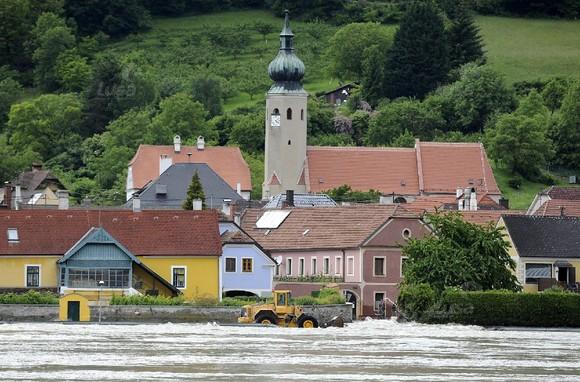 AUSTRIA WEATHER FLOODS