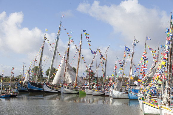 Festas da Moita Barcos engalandos