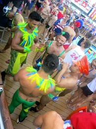 Cruzeiro Gay The Cruise La Demence 2.jpg