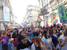 Orgullo de Vigo Mafia Rosa 11.jpg