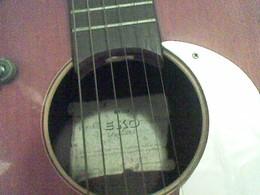 guitarra eko 3