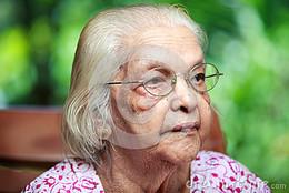 uma-mulher-indiana-superior-52625638.jpg