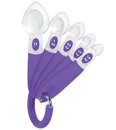 2103-325_wilton_scoop-it_measurnig_spoons-001.jpg