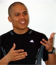 Dênis Quadros - Athlon Esportes