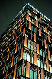 light-panels-on-facade-ginza-tokyo-japan-tt-width-