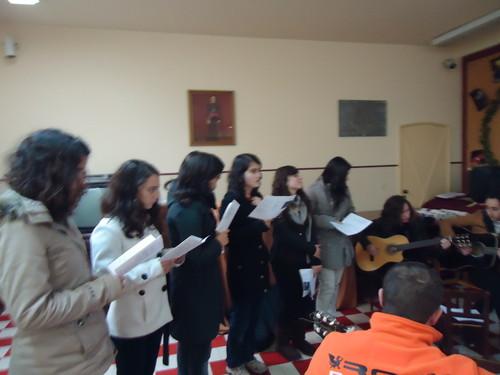 As raparigas a cantar