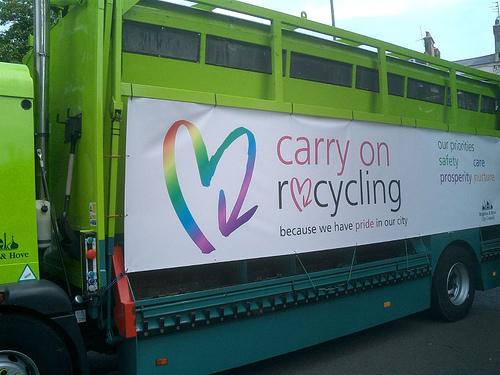 Foto; Porque temos orgulho na nossa cidade; campanha pela promoção da reciclagem do município de Brighton e Hove no Reino Unido