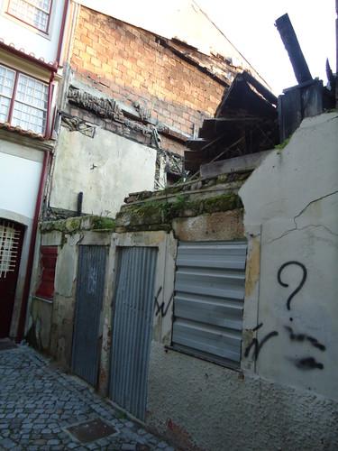 Centro Paroquial, Chaves