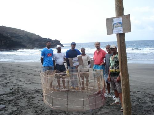 Conservação das praias e protecção de ninhos (foto 2006)