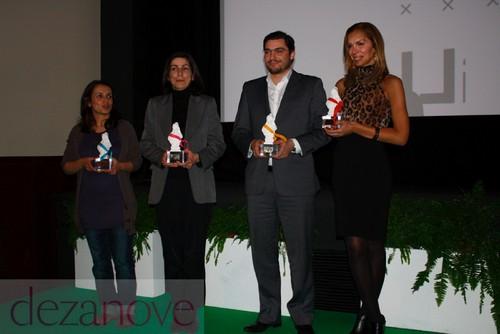 Ana Drago (BE), Ana Catarina Mendes (PS), João Oliveira (PCP) e Filipa Gonçalves - premiados Arco-Íris 2010 - ILGA Portugal