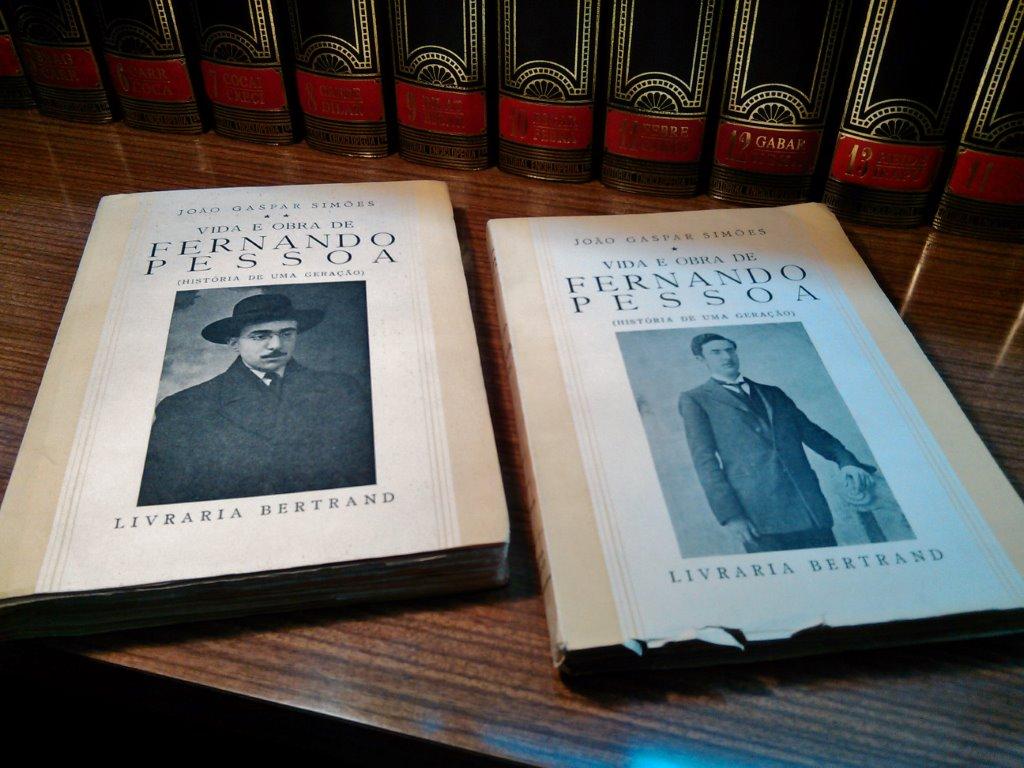 João Gaspar Simões, Vida e Obra de Fernando Pessoa (1.ª ed., Bertrand, 1951)