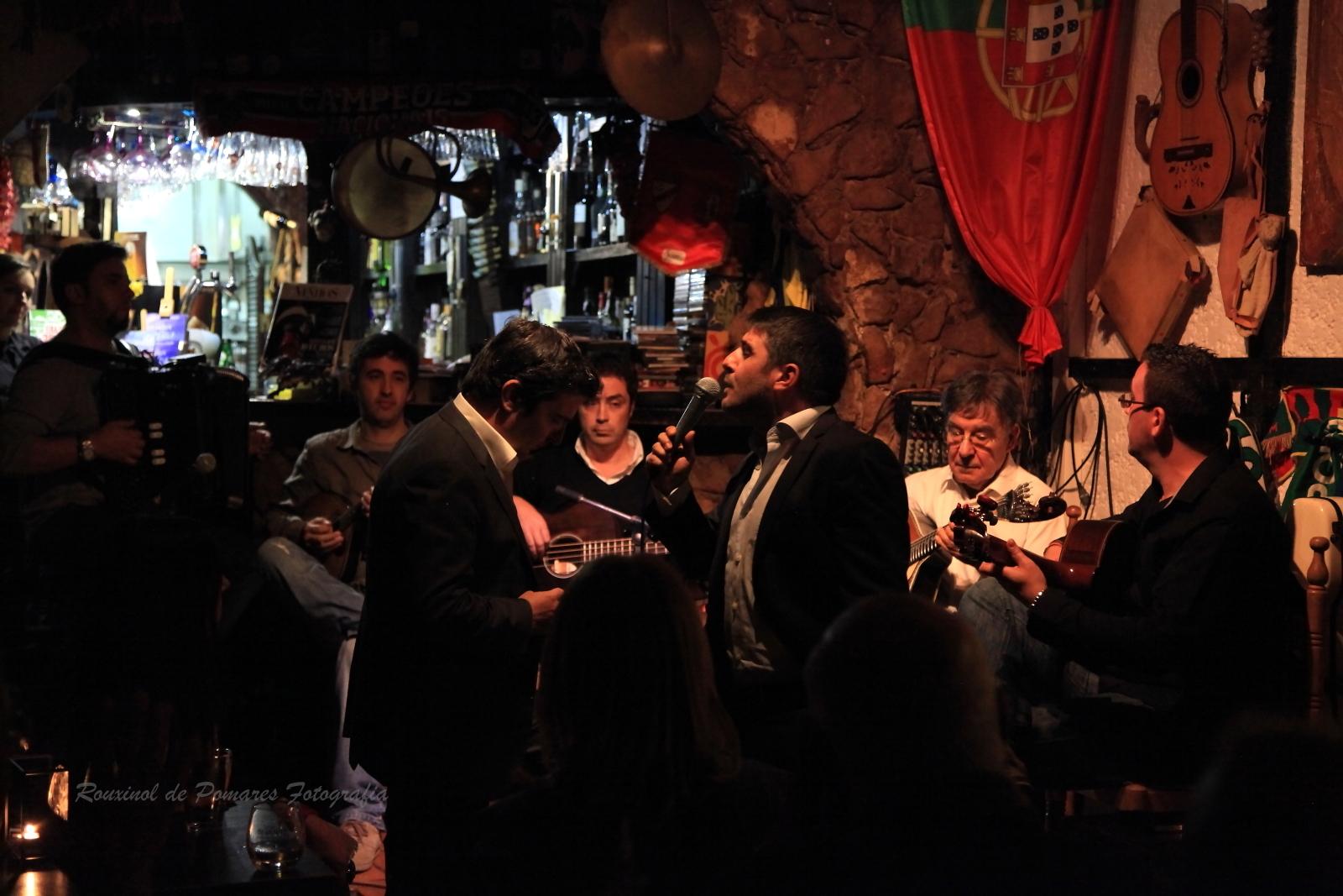 O fado veio à Taverna (001)