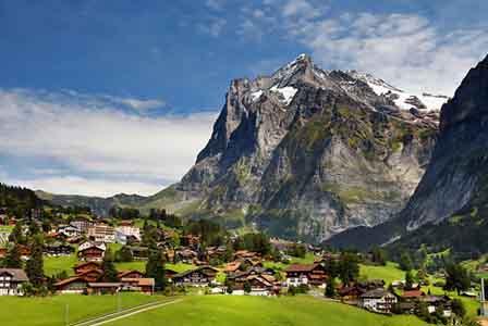 Esta fica nos Alpes, em Grindelwald, Suíça.jpg