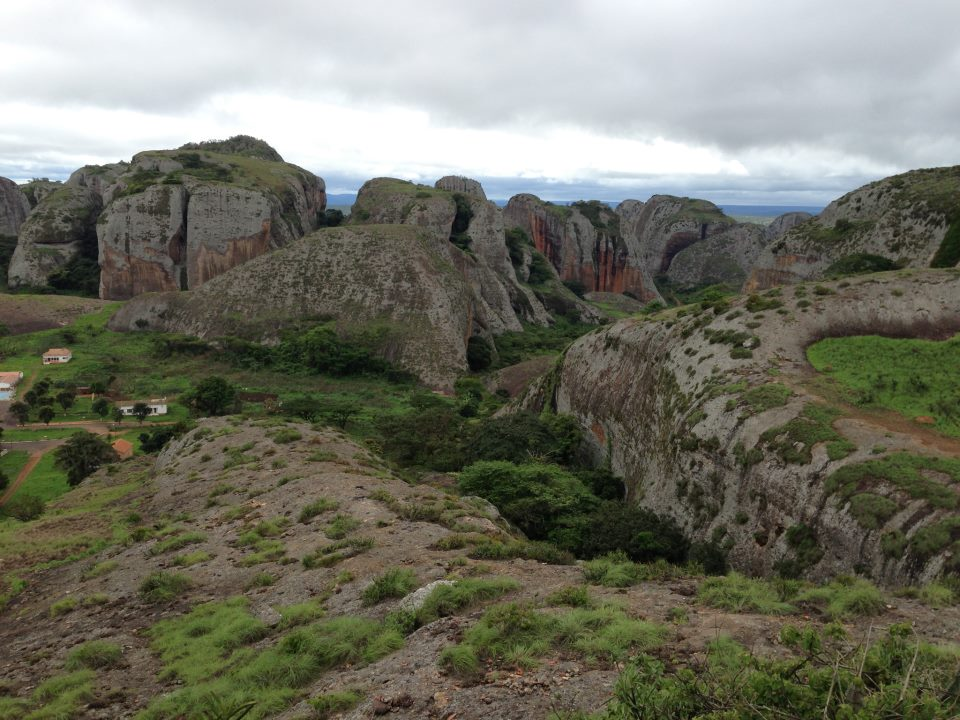 Pedras Negras/Quedas de Kalandula