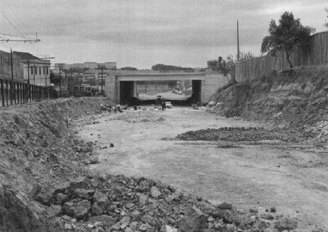 Viaduto da Luz, Estr. da Luz (A. Serôdio, 1966)