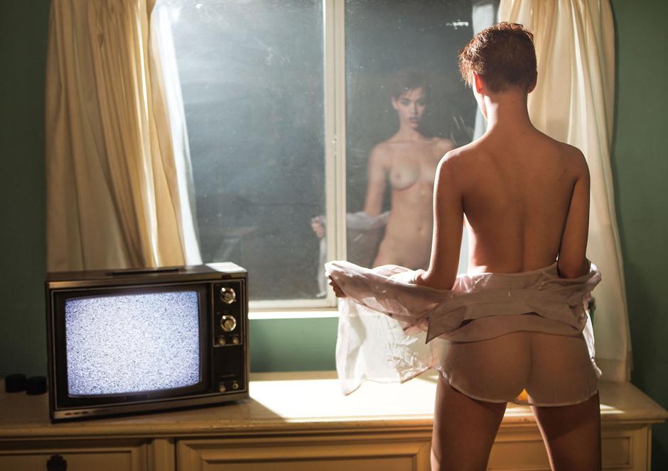 britt-linn-nude-sexy-craving-04.jpg