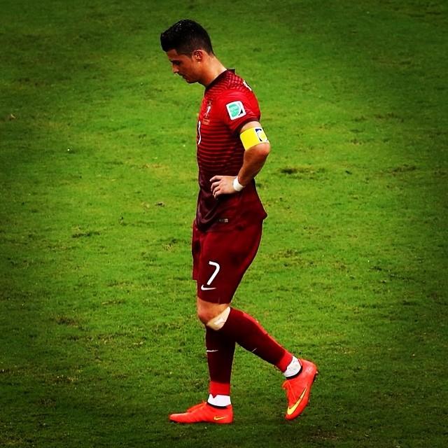 Ronaldo é uma bênção para o futebol mundial e um karma para o futebol  português. 81d5d13221352
