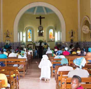 Orações na Igreja de Santo António