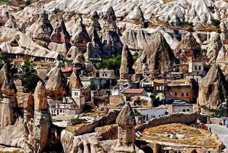 A aldeia Abi Barak, no Afeganistão.jpg