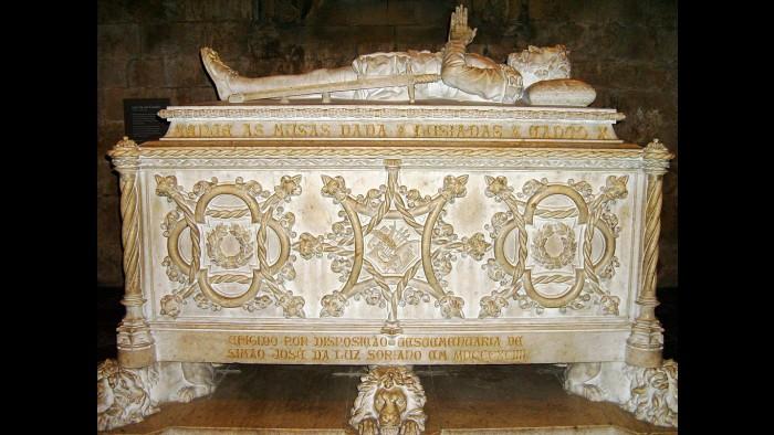 Camões está sepultado no Mosteiro dos Jerónimos