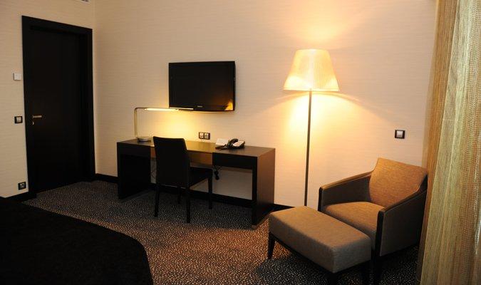 sana residence t1 deluxe sala