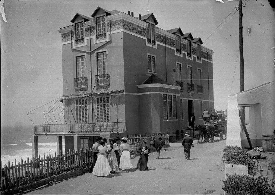 Hotel Royal Bellevue, Praia das Maçãs (Joshua Benoliel, c. 1900)