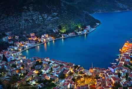Uma aldeia na ilha Kastellorizo, na Grécia (Hercu