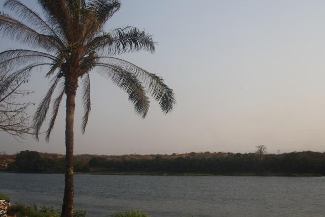 À beira rio Kwanza no Dondo. Kwanza Norte. Foto: Foto: Mayra Fernandes